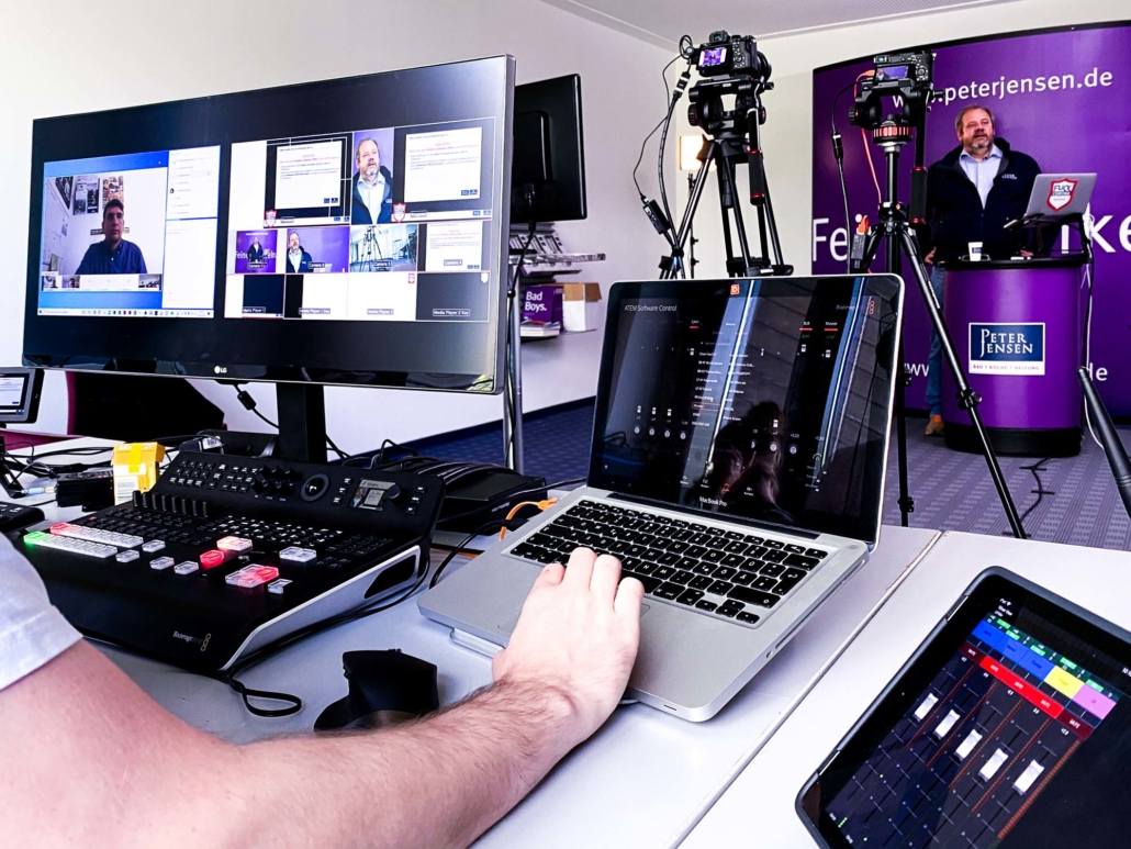 livestreaming behind the scenes multiview